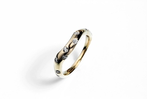 Contour Starburst Wedding Band: 14K yellow gold with diamonds